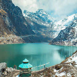 Famous Sikkim Honeymoon Package, Tourist Attractions in Sikkim Tsomgo Lake Baba Mandir Namchi