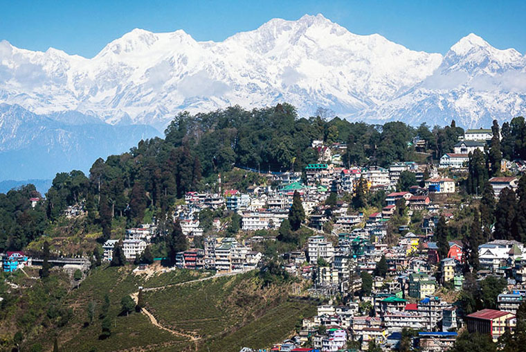 Book Cars for Sikkim Darjeeling, car booking for sikkim tour, book car in darjeeling, car booking for darjeeling tour, car rental for darjeeling